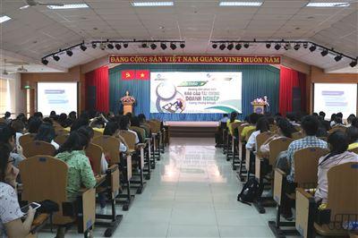 """Hội thảo """"Hướng dẫn phân tích báo cáo tài chính doanh nghiệp trong chứng khoán"""" tại Đại học Tài chính – Marketing (TP.Hồ Chí Minh)"""