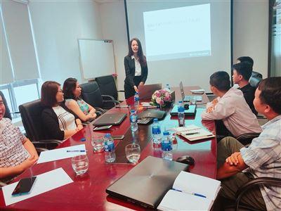 """""""Đào tạo Phân tích kỹ thuật """"lần thứ hai cho nhà đầu tư tại Hà Nội"""