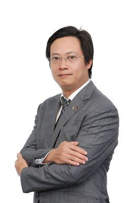 Ông Phan Hoàng Sơn