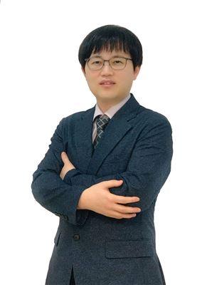 Ông Shin Jhin Taek
